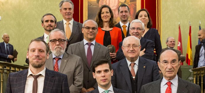 Elena González-Blanco recibe el premio Julián Marías de Investigación