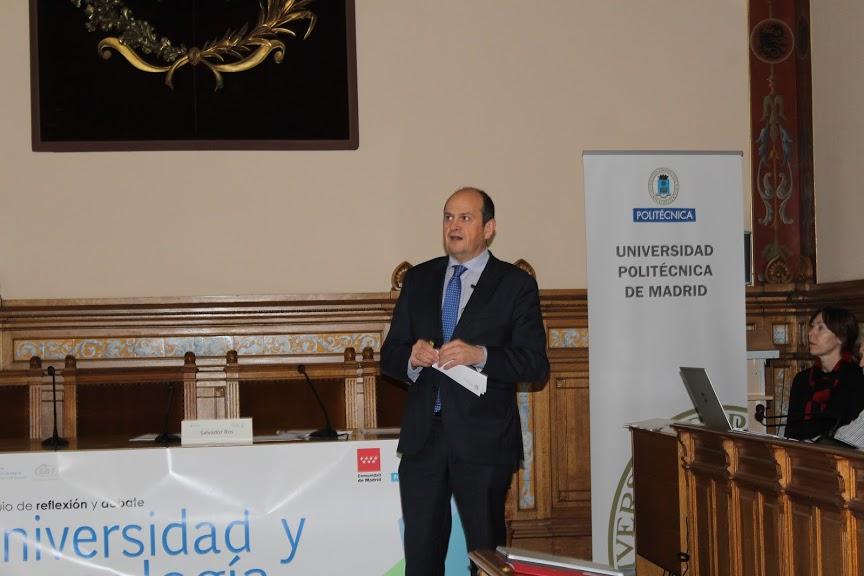 Salvador Ros participa en la Jornada sobre Universidad y Tecnología